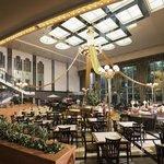 Cafe & Buffet Restaurant「Night & Day」