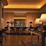 Cocktail Lounge 「SOLAMENTE」