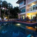 SOh Inspire Hotel - wimming Pool
