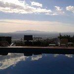 bel panorama dalla piscina