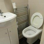 Toilet niet te gebruiken door krapte