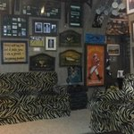 The Holdy's Pub, Splendid collection