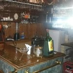 The Holdy's Pub, Bar Counter