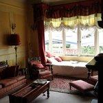 Aphrodite's lounge