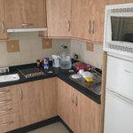 Nice kitchenette - 402P