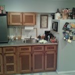 very well equipped kitchen, Washer and dryer available