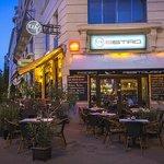Ezaz Cafe and Bistro fényképe