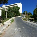hill to hotel