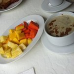 breakfast: oatmeal and fresh fruit (papaya, pineapple & mango)