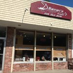 Baccari's Diner - front