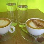 geschulte Baristas verwöhnen Dich selbstverständlich mit Siebträger Kaffee