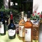 selección de vinos locales