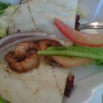 Gyro de camarón raquitico y sin sabor