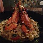 decent enough prawns on odd flat rice/pasta stuff