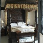 Catherine of Aragorn Suite bed