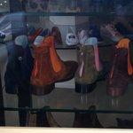 今年の冬はカラースエードのブーツが。