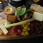 The best, most attractive and delicious ploughman's lunch I've ever eaten.