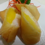Mango and Prawn Rolls