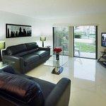 livingroom/den