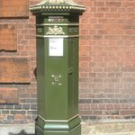 Rare green painted Victorian post box outside the Guildhall Museum