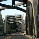 Siuslaw Bridge - still a drawbridge