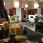 petit déjeuner (breakfast)