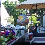 Cafe Bistro de la Place