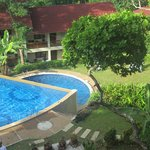 Two tiered pool