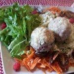 canederli e insalata