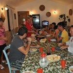 Cena con i padroni e tutti gli ospiti