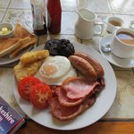 Large Breakfast, without mushrooms...
