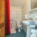 Upper bathroom - Maisonette #4