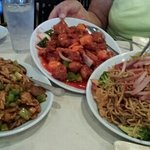 Kung Pao Chicken, Sweet n Sour Pork an Joy Luck Special