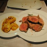 Solomillo de cerdo al romero con patatas