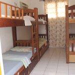 Dormitórios coletivos.