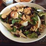 broiled shrimp salad with pears, walnutsins