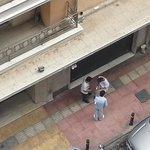 Yonkis trapicheando. vistas balcón