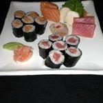 Sashimi Sampler & 2 Rolls