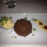 dessert - ice cream & fudge cupcake