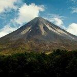 Arenal Volcano National Park / Parque Nacional Volcán Arenal
