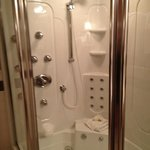 honeymoon suite shower