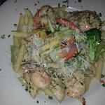 tiger shrimp with chicken pasta