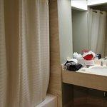 salle de bain 2 dans la suite