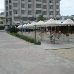 Il bar della spiaggia Mozul