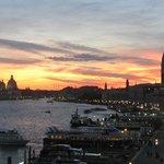 vista dalla terrazza (Riva degli Schiavoni, San Marco e Santa Maria della salute)