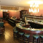 O Chateau Wine Bar