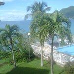 piscine et accés plage de l'hotel