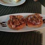 Brascada: sobrasada ibérica, bacon y cebolla a la plancha