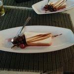 Flan de mascarpone con frutos rojos