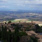 veduta di Montalcino dalla fortezza